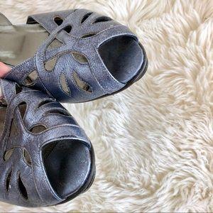 Donald J. Pliner Shoes - Donald J. Pliner Couture Metallic Leather Sandals